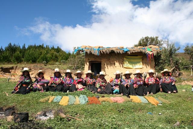 Segundo encuentro 'Awananchik' nuestro telar que reúne a tejedoras de Kañaris, Inkawasi y Pítipo