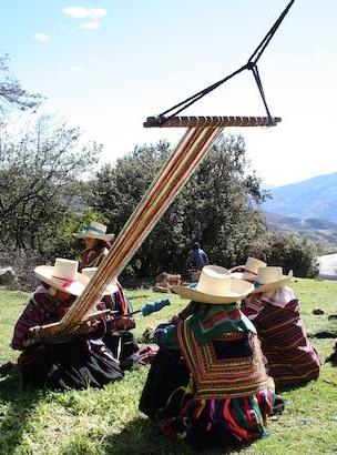 'Awananchik' nuestro telar. Encuentro entre tejedoras de Kañaris e Inkawasi
